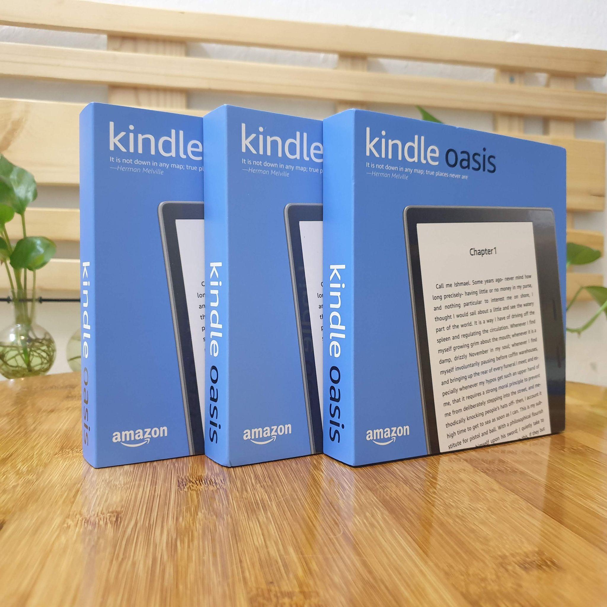 [NEW SEAL 100%] Máy đọc sách Kindle Oasis 2 (9th) màn hình 7inch 300PPI, bộ nhớ 8GB, RAM 512, chống nước IPX8, Audible, Darkmode