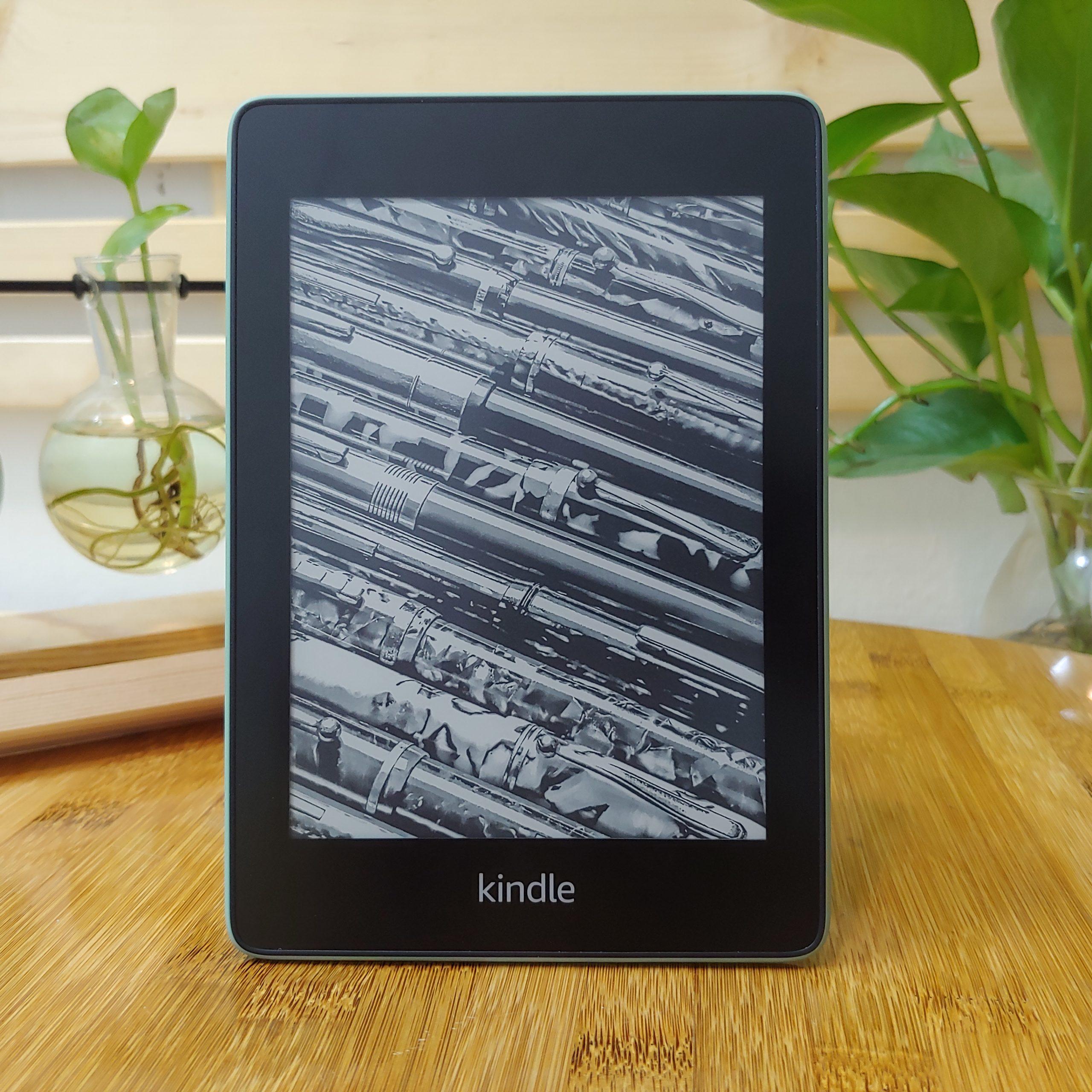 """[NEW REFURBISHED] Máy đọc sách Kindle Paperwhite Gen 4 (10th)  màn hình 6"""" 300PPI có đèn nền, bộ nhớ 32GB, Wifi, Bluetooth"""